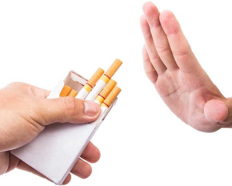 Để tinh trùng khỏe, người chồng không nên sử dụng các chất kích thích