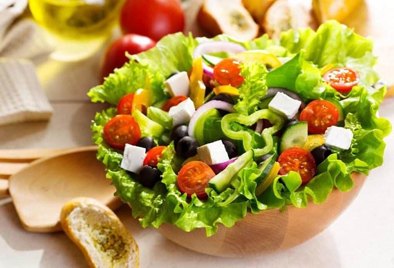 Chế độ ăn uống tăng cường chất xơ giúp phòng tránh nguy cơ mắc chứng tiểu không tự chủ