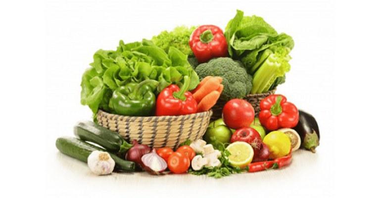 Tăng cường bổ sung các loại rau xanh vào chế độ ăn uống giúp hỗ trợ điều trị bệnh rất tốt