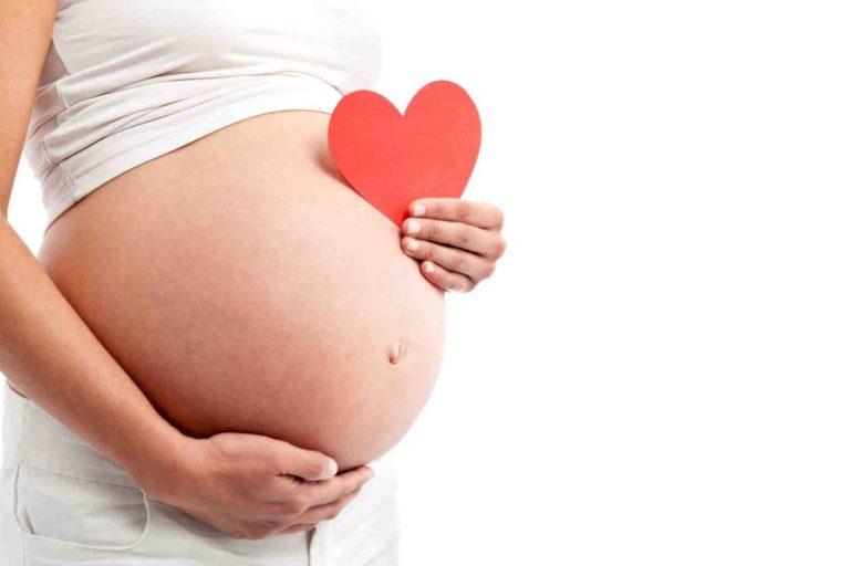 Mẹ bầu hãy tham khảo ý kiến bác sĩ trước khi chữa tình trạng bí tiểu