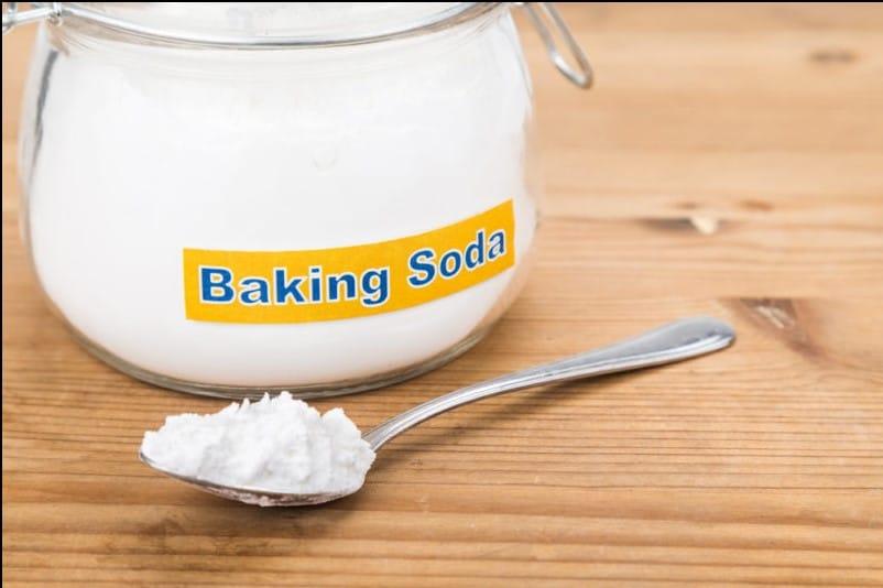 Cách chữa khó tiêu buồn nôn bằng baking soda
