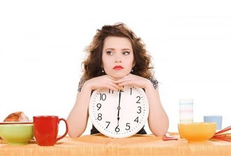Bị đau dạ dày nên ăn gì vào buổi sáng?