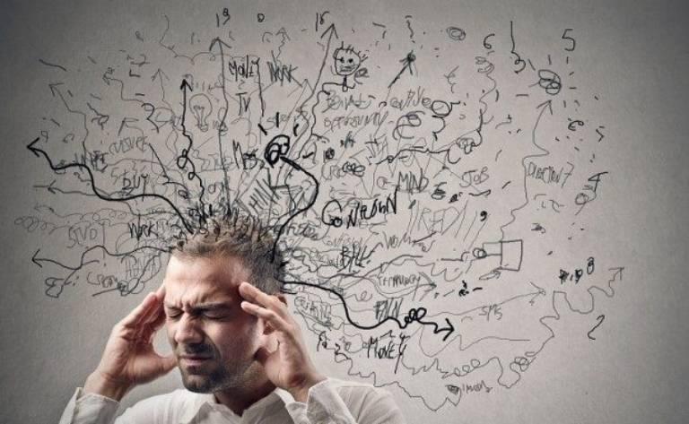 Tình trạng này cũng thường xuất hiện ở những người hay căng thẳng mệt mỏi