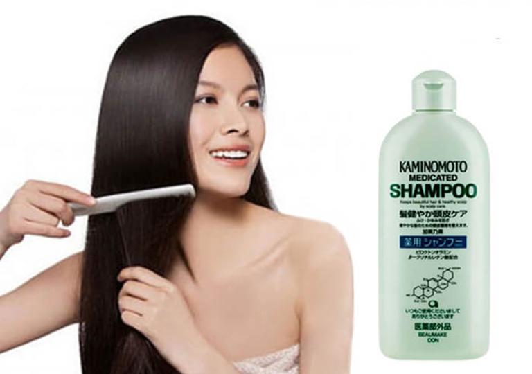 Dầu gội trị rụng tócKaminomotogiúp tóc khỏe mạnh hơn đồng thời giúp ngăn ngừa rụng tóc