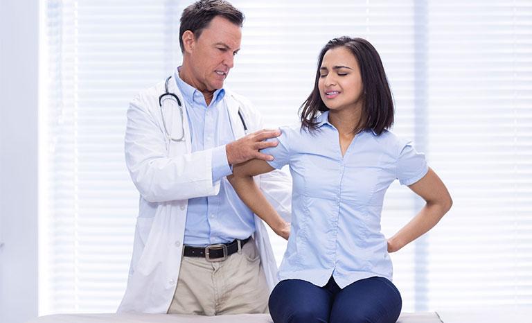 xử lý đau nhói sau lưng bên trái sau tim
