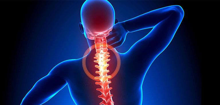 Thoát vị đĩa đệm gây đau lưng trên bên phải