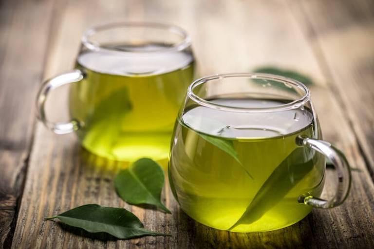 Uống 1 cốc trà xanh sẽ giúp giảm đường huyết nhanh chóng