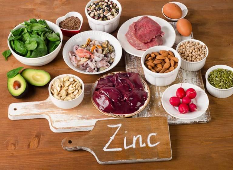 Nhóm thực phẩm giàu kẽm rất tốt cho người bệnh u nang tuyến tiền liệt