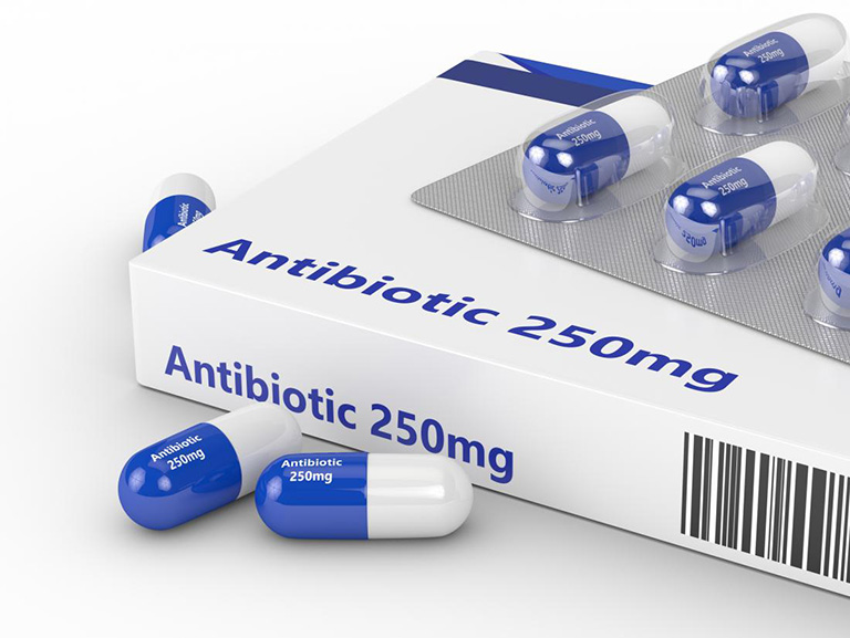 làm gì khi bị dị ứng thuốc kháng sinh