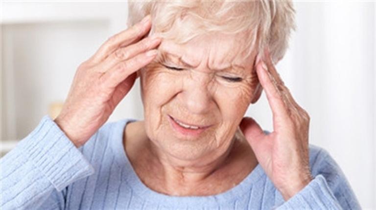 Rối loạn tiền đình là biến chứng thường gặp của bệnh thoái hóa đốt sống cổ