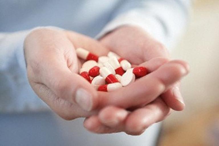 Sử dụng thuốc để điều trị viêm mao mạch dị ứng giúp làm giảm các triệu chứng của bệnh