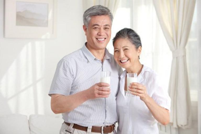 Các sản phẩm sữa loãng xương nào tốt nhất hiện nay?