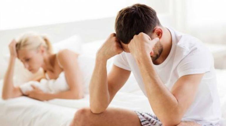 Tinh trùng vón cục gây suy giảm chức năng sinh lý ở nam giới