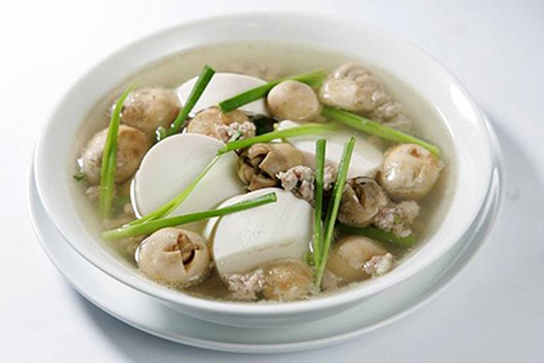 Món ăn thịt nạc hầm nấm rất tốt cho những người bị đau dạ dày