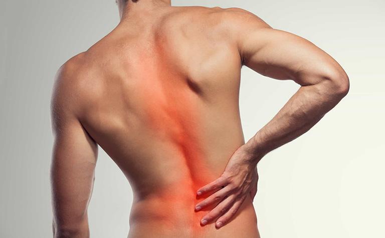 thoái hóa cột sống thắt lưng có nguy hiểm không