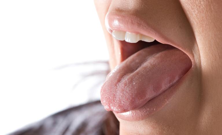 Thuốc dị ứng Aerius có thể gây ra một số tác dụng phụ như khô miệng, sốt,...