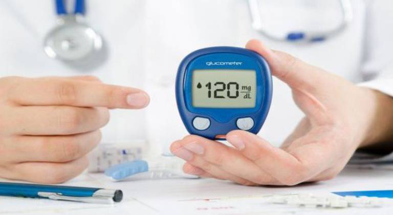 Việc chẩn đoán phải dựa vào xét nghiệm để xác định được lượng đường trong máu