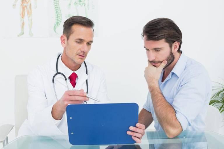 Nên thăm khám bác sĩ khi có thêm nhiều biểu hiện bất thường khác