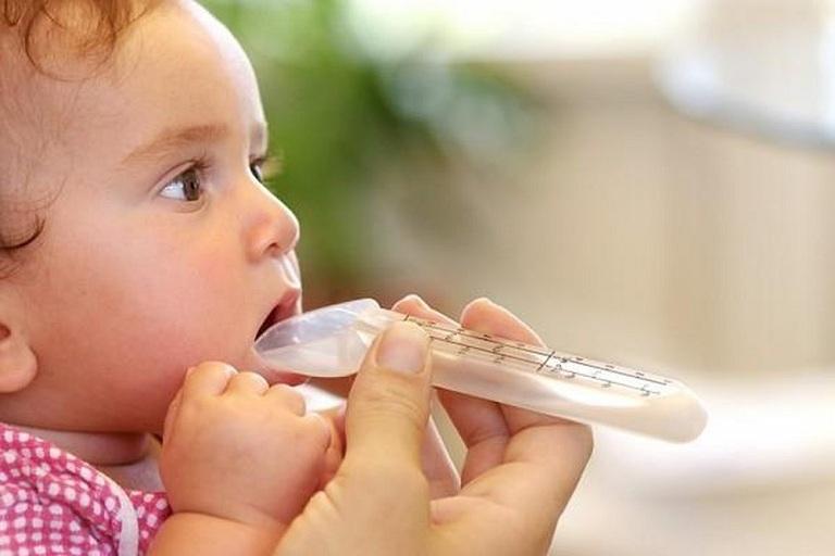 thuốc chữa đầy bụng khó tiêu cho bé