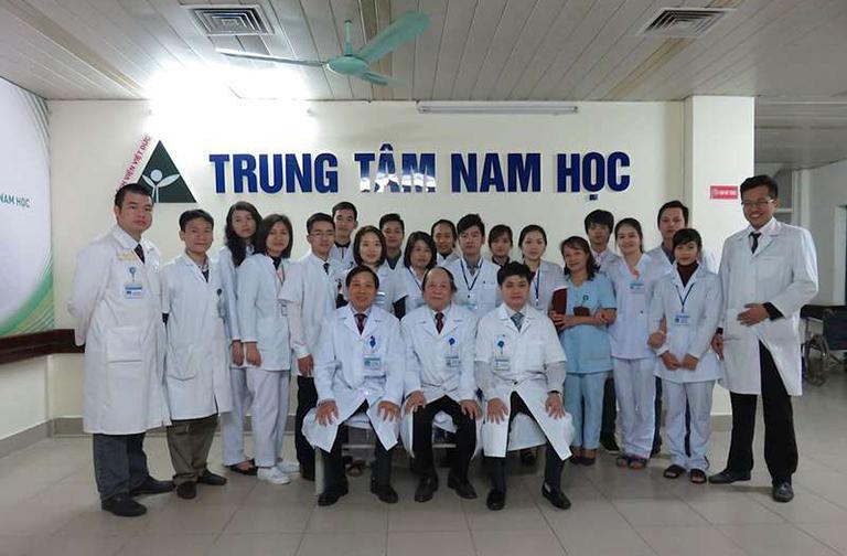 huyên khoa tiết niệu của bệnh viện Việt Đức tập trung một số bác sĩ giỏi là chuyên gia đầu ngành