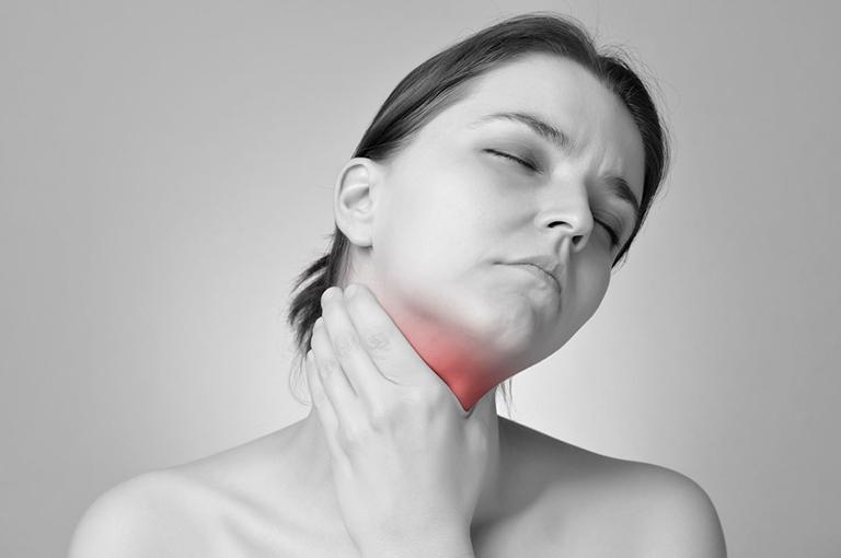 viêm họng có đốm trắng