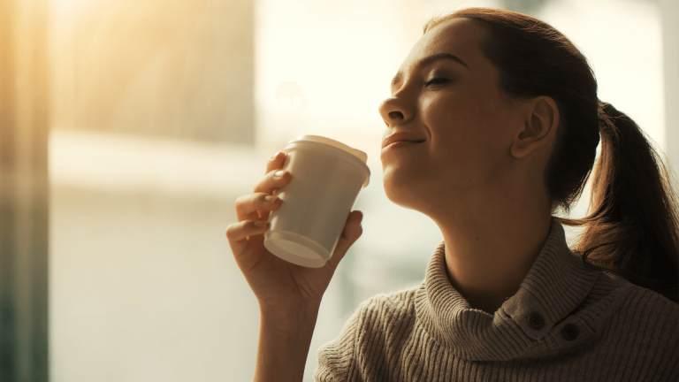 Uống nhiều nước để phòng ngừa yếu tố nguy cơ gây bệnh