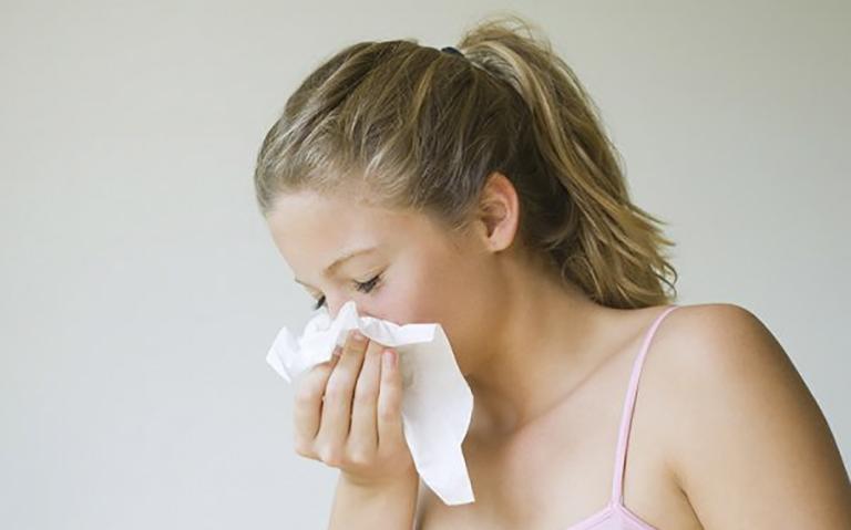 Quá trình điều trị bệnh viêm xoang mũi mãn tính sẽ khó khăn hơn giai đoạn cấp tính