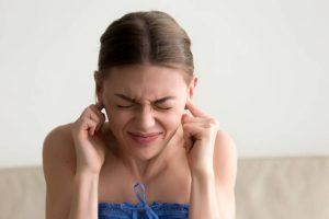 Viêm xoang ù tai là hiện tượng khiến nhiều người khó chịu