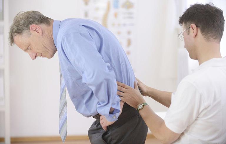 bệnh vôi hóa cột sống có chữa được không