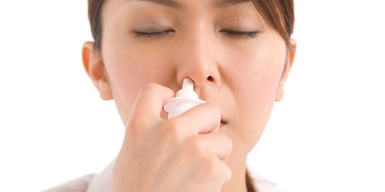 Thuốc xịt chữa viêm mũi dị ứng nào tốt hiện nay?