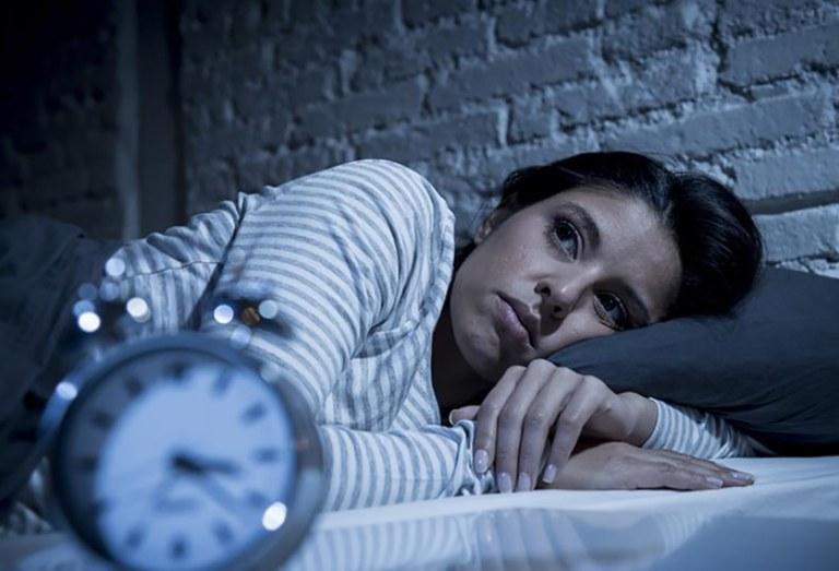 Mất ngủ kinh niên là tình trạng mà nhiều người thường gặp phải