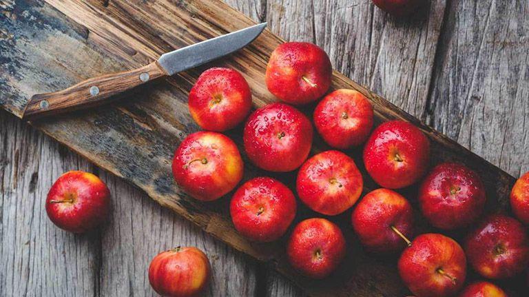 bệnh trĩ nên ăn quả táo