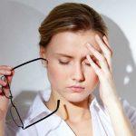 Suy giảm trí nhớ và đau đầu là một trong những biểu hiện lâm sàng của người hạ huyết áp