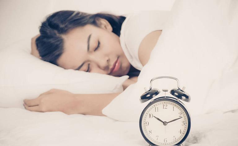 cách chữa mất ngủ không dùng thuốc
