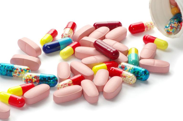 Một số loại thuốc Tây có thể gây tình trạng liệt dương ở nam giới.