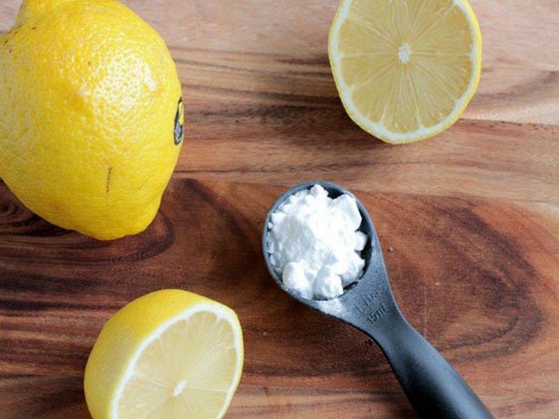 chữa hôi nách tại nhà bằng chanh và baking soda