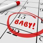 Trong khoảng 1-2 năm đầu tiên, chu kỳ kinh nguyệt không ổn định. Có thể sớm hoặc trễ hơn từ 3-5 ngày