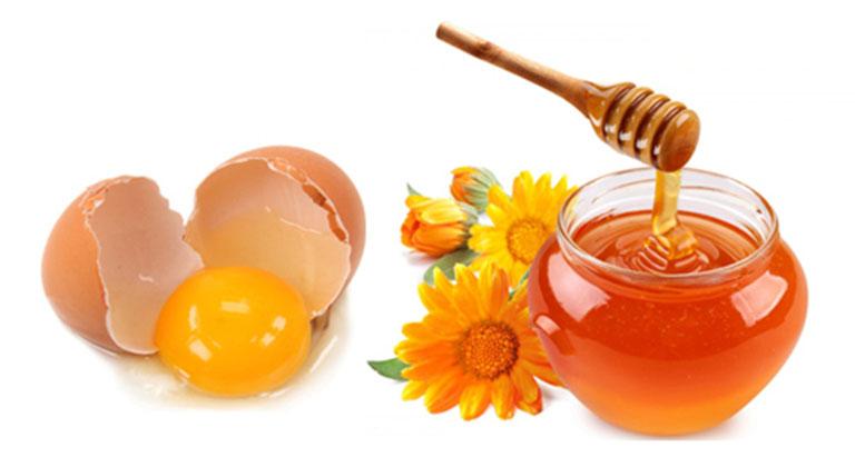 Kết hợp mật ong và trứng gà sẽ đem lại một nguyên liệu hỗ trợ điều trị chứng yếu sinh lý hiệu quả