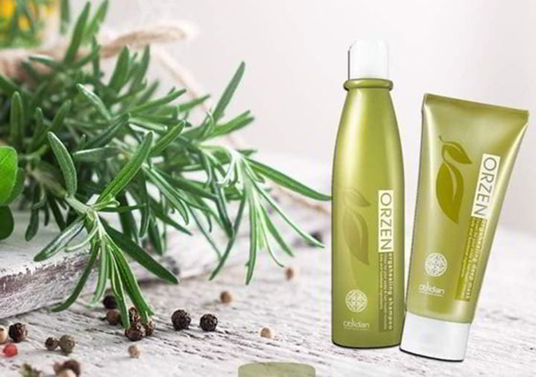 Dầu gội kích mọc tóc và ngăn ngừa rụng tóc Ozen có thành phần chiết xuất 100% từ thiên nhiên