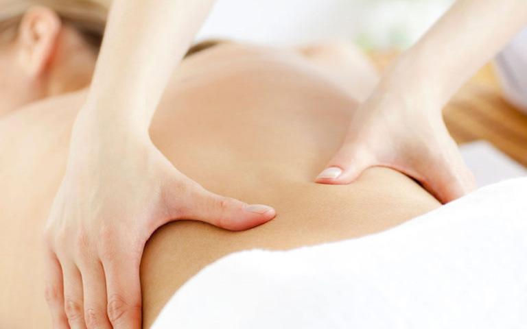 khắc phục đau lưng do thận yếu
