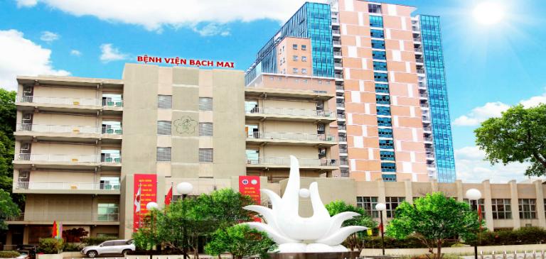 Khi bị đi ngoài ra máu, bạn có thể đến khám bệnh tại khoa Tiêu hóa, bệnh viện Bạch Mai, Hà Nội.