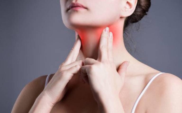 Viêm họng cũng là một trong những nguyên nhân gây ra tình trạng ho khan kéo dài