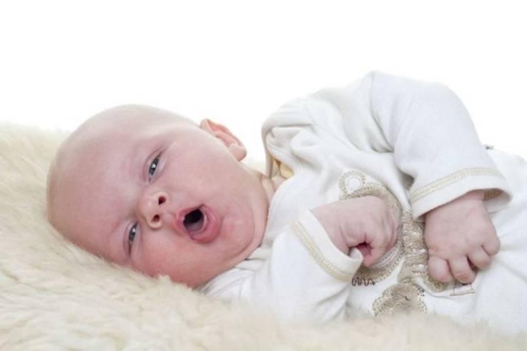 Ho gà là bệnh thường gặp ở trẻ sơ sinh