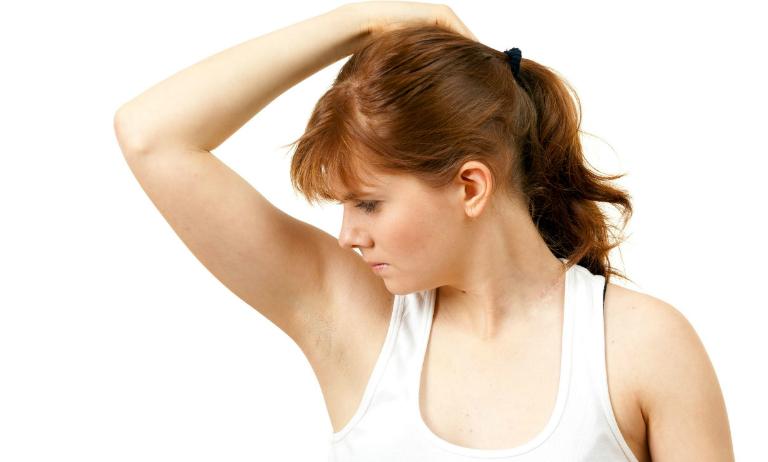 Một số bài thuốc y học cổ truyền cũng có thể giúp cải thiện tình trạng hôi nách.