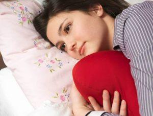 Kinh nguyệt không đều ở tuổi dậy thì là băn khoăn của nhiều bạn nữ mới bước vào giai đoạn này