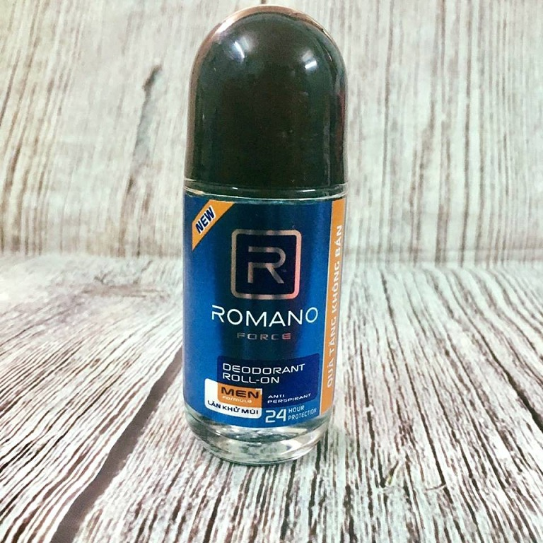 Lăn khử mùi Romano
