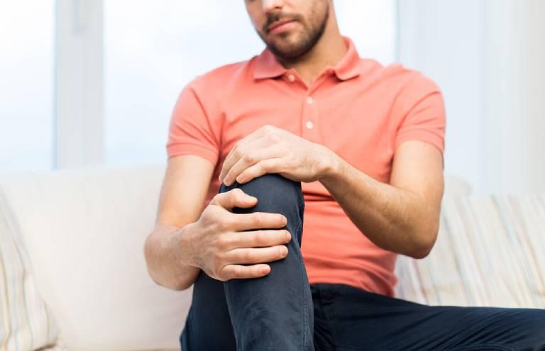 Thoát vị đĩa đệm nếu không điều trị sẽ gây đau toàn thân và có nguy cơ bại liệt cao