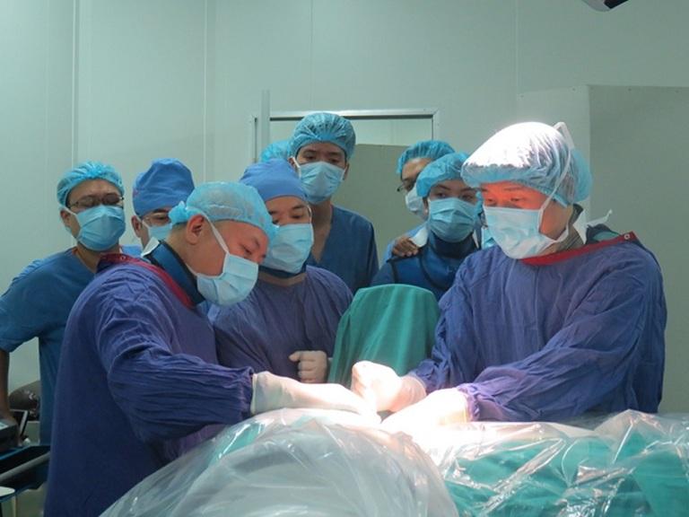 Các phương pháp mổ thoát vị đĩa đệm ở bệnh viện Việt Đức