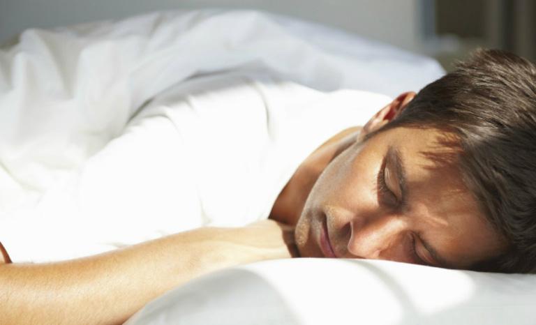 Nam giới khắc phục rối loạn cương dương bằng cách tránh thủ dâm quá mức.