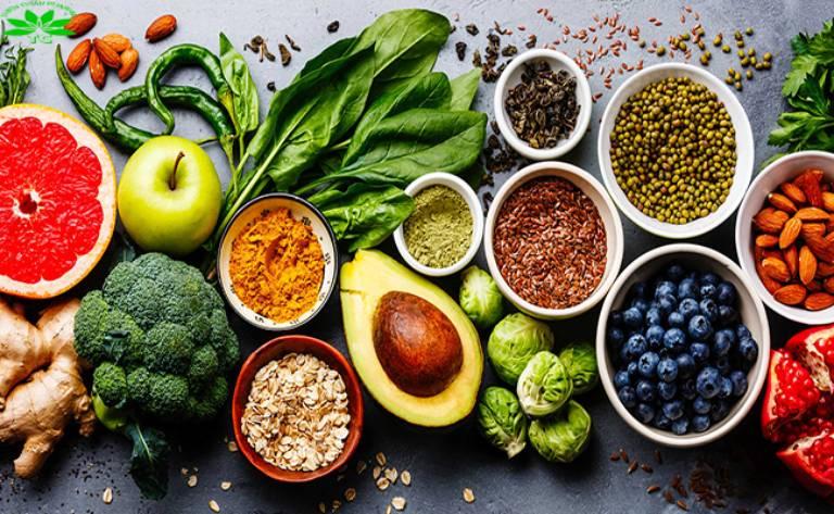 Chế độ dinh dưỡng đóng vai trò vô cùng quan trọng trong quá trình điều trị suy thận